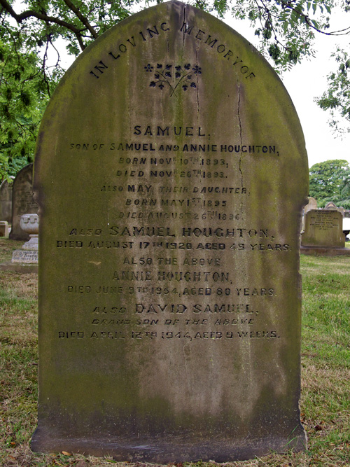 Sam Houghton gravestone photo